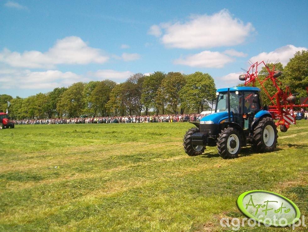 Jedna z wielu maszyn pokazowych na Zielonym Agro Show w Szep