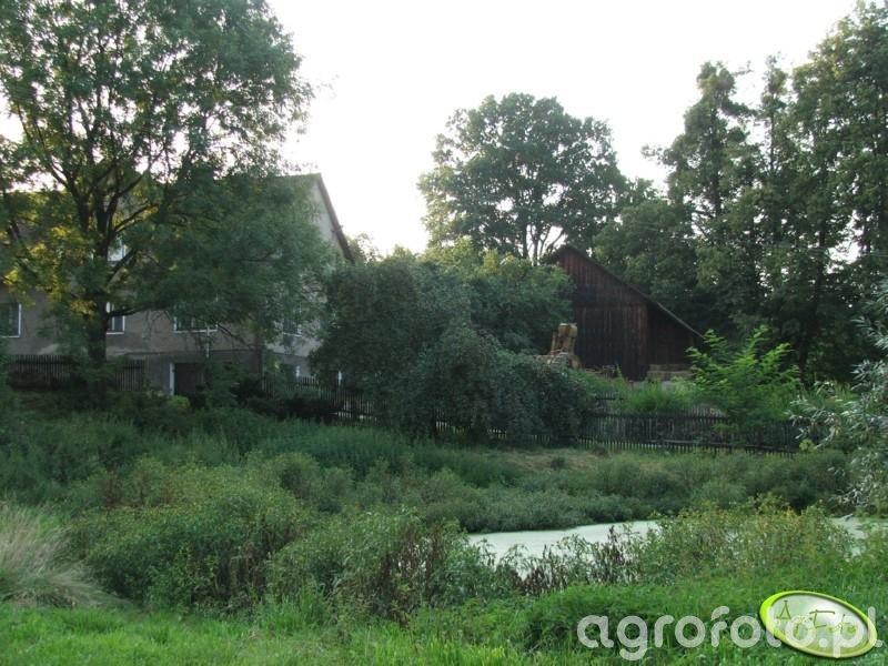 Kawałek domu i stodoły
