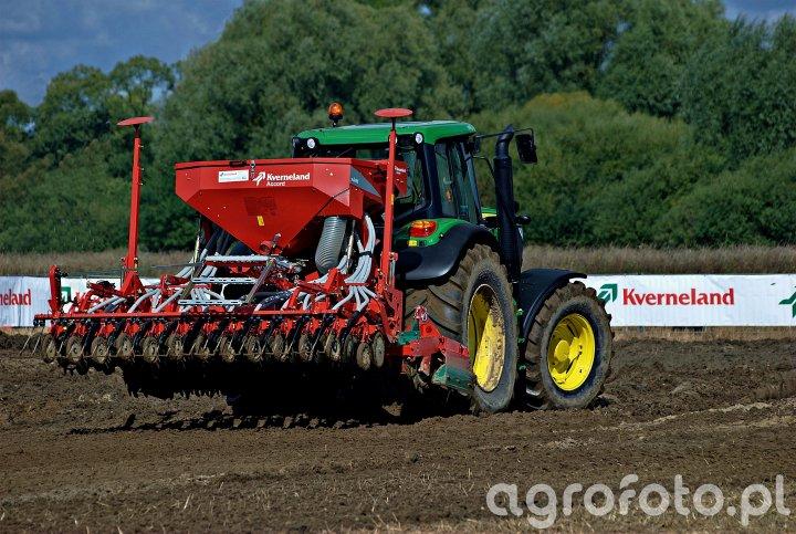 John Deere 6140M + Kverneland Accord