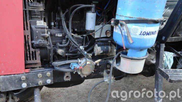 MTZ 820 z instalacją na gaz