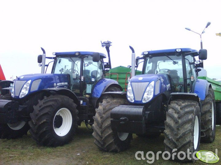 2x New Holland Blue Power