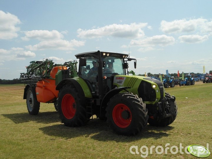 Claas Arion 630 i Amazone