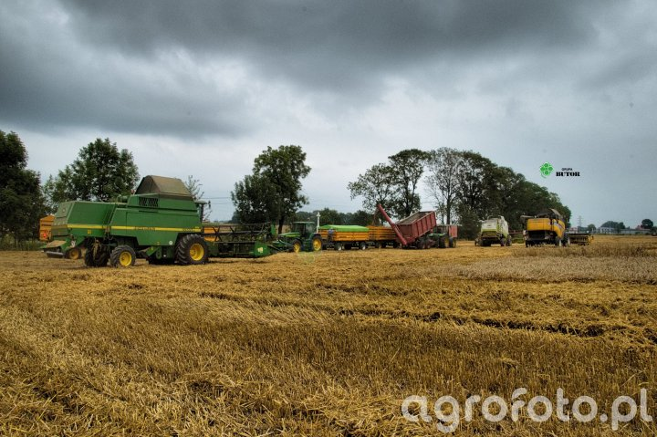 Claas & New Holland & John Deere