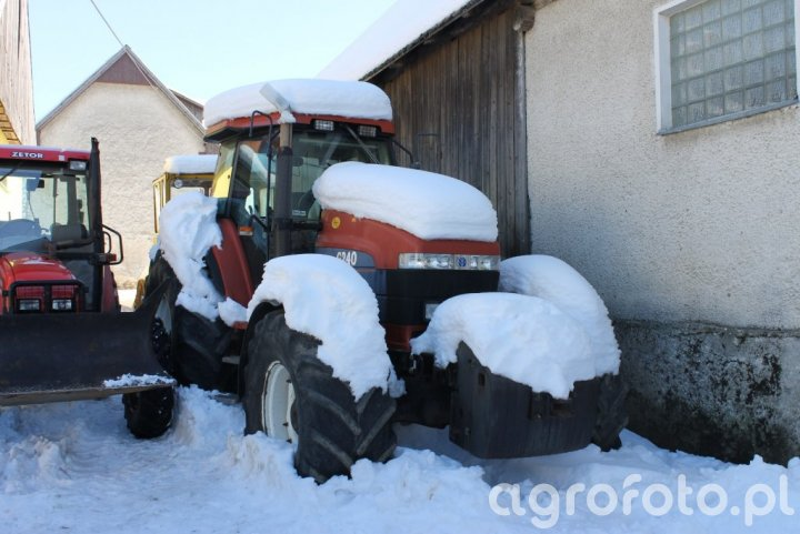 Fiatagri / New Holland G240