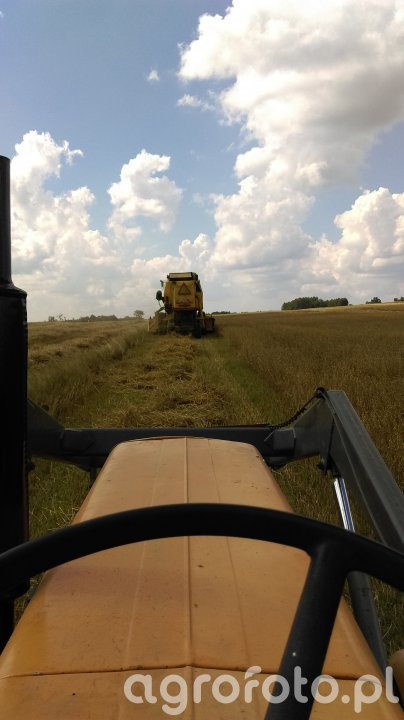 Ursus C-360 & New Holland