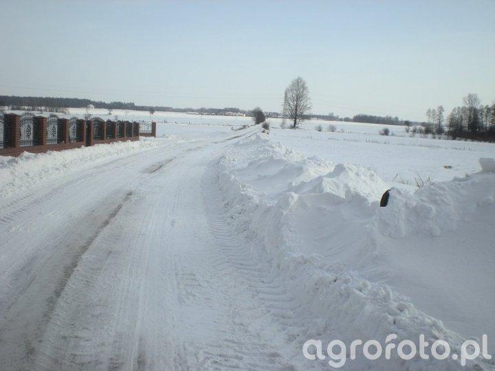 Droga do wsi z innej strony