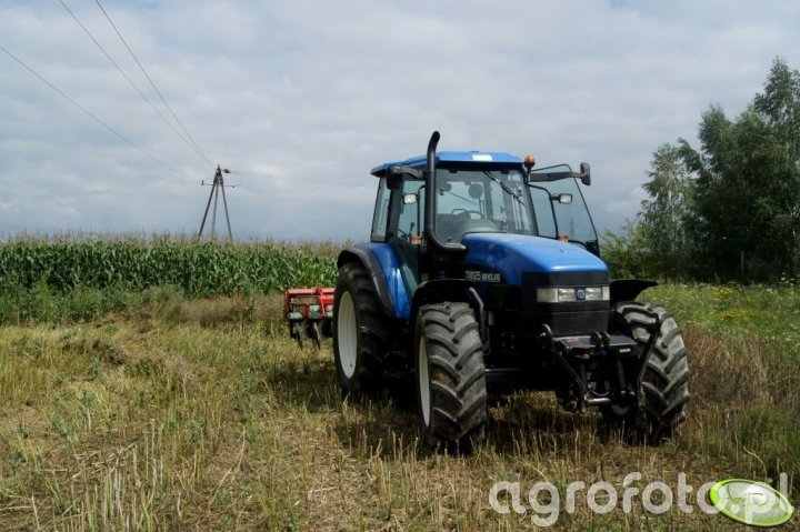 New Holland TM 125 i UG Ares TL 3,0