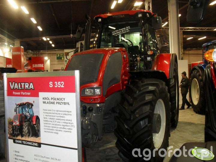 AgroTech 2010 AGCO
