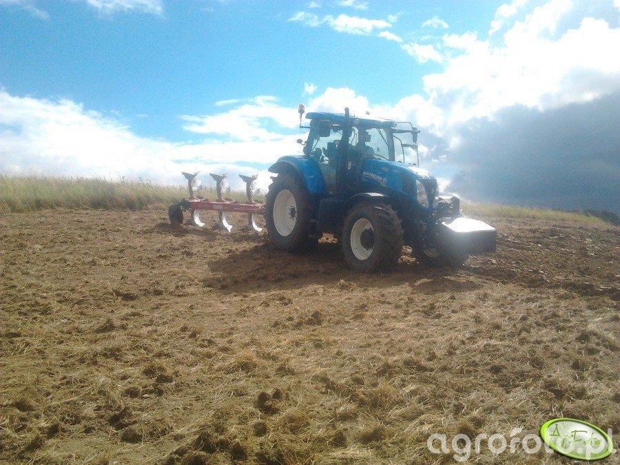 New Holand T7.200 i Kverneland