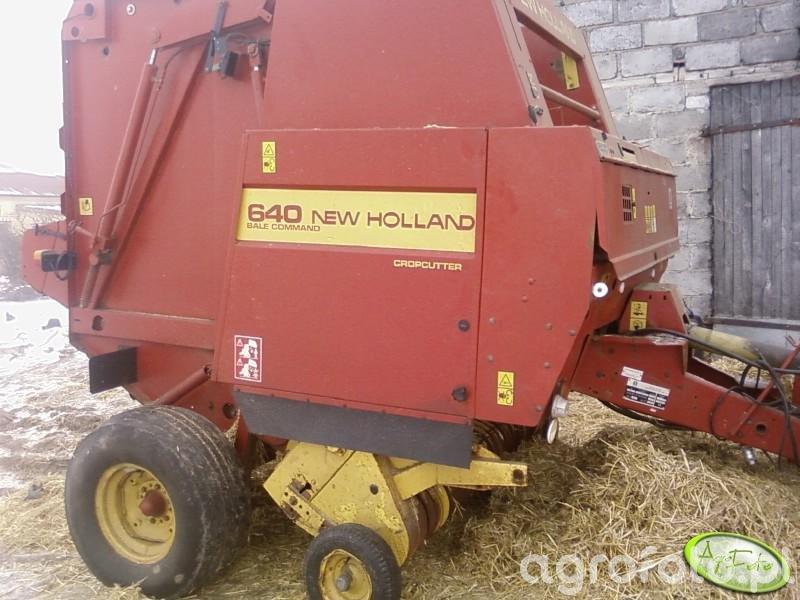 New Holland 640
