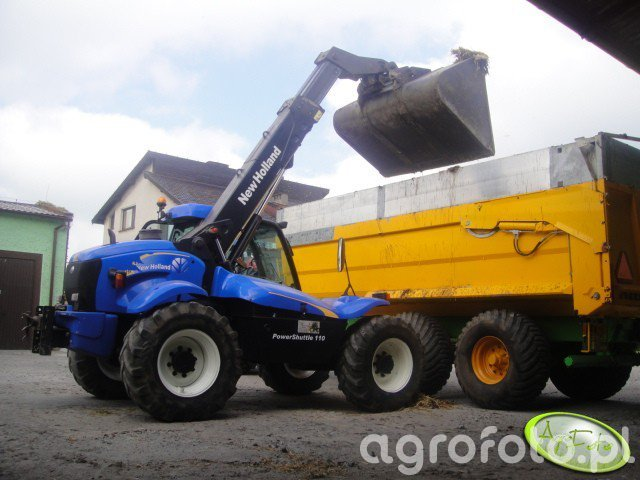 New Holland LM415