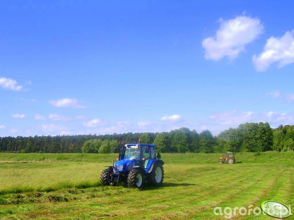New Holland T5050 & Ursus C-330