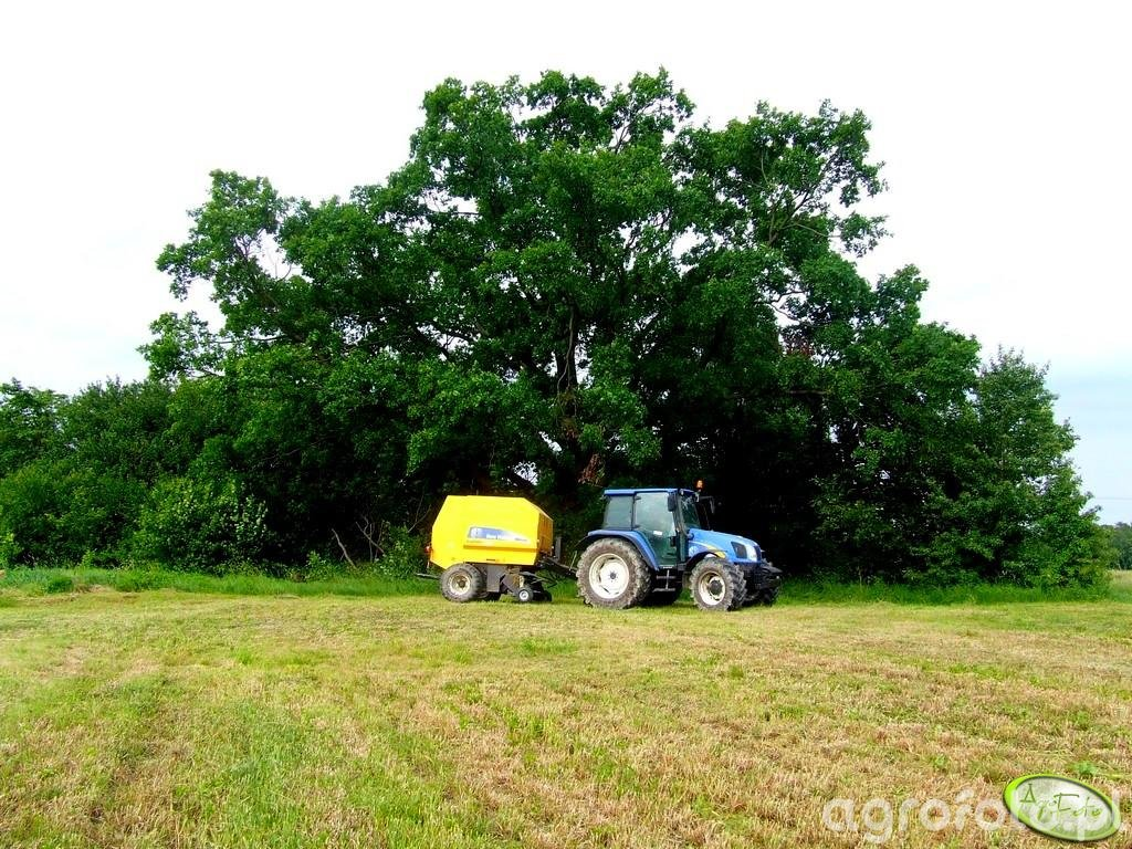 New Holland T5060 + BR6090