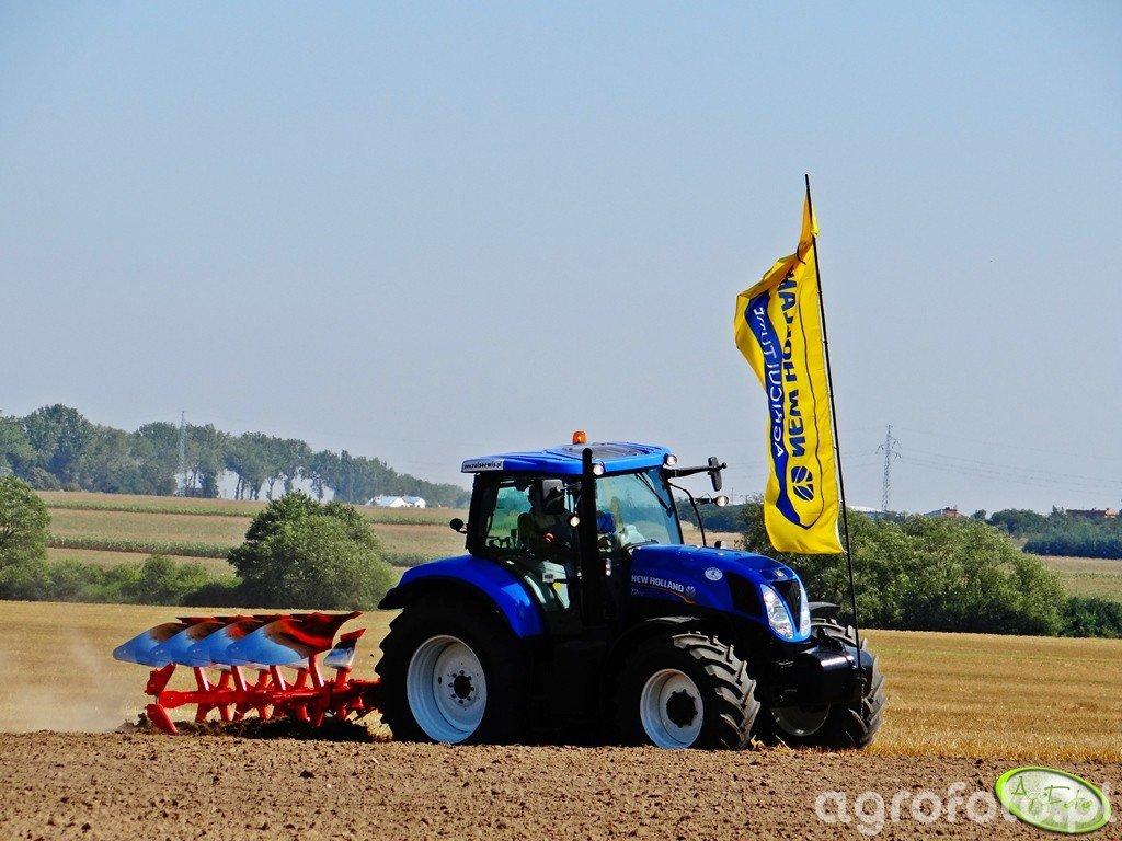 New Holland T7.170 + Kuhn