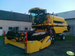 New Holland TC 5050