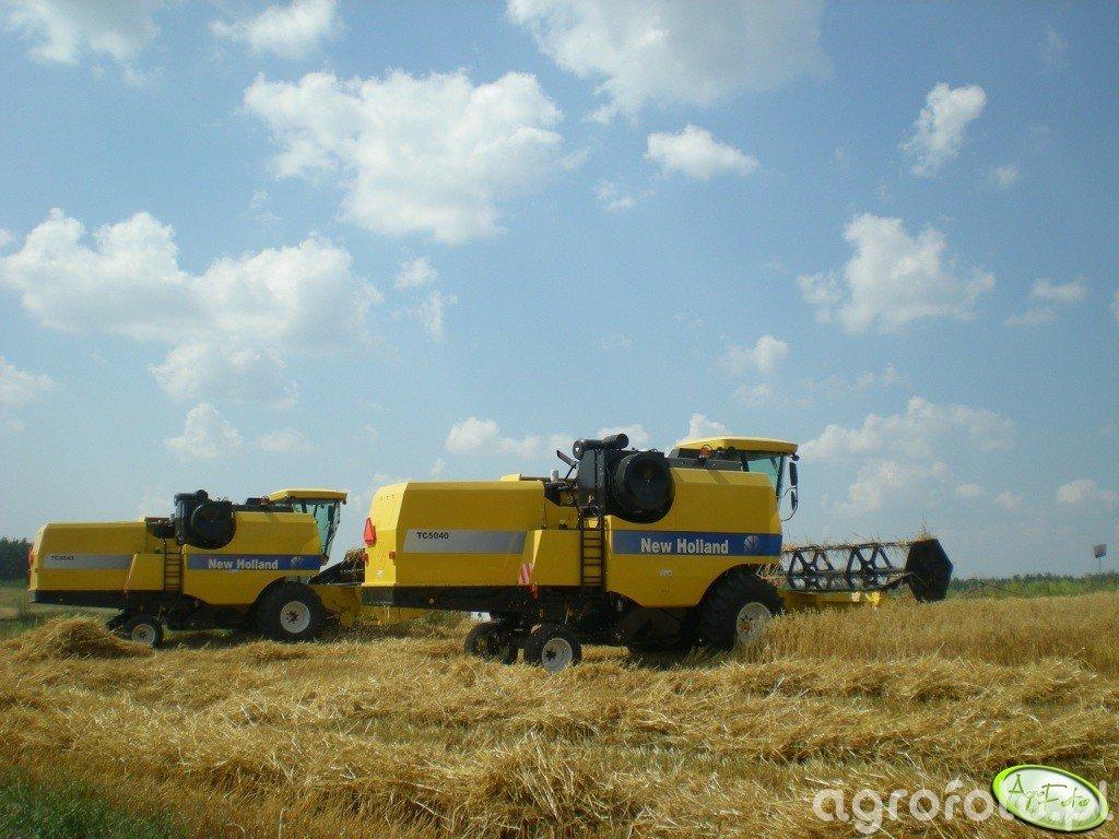 New Holland TC5040 x 2