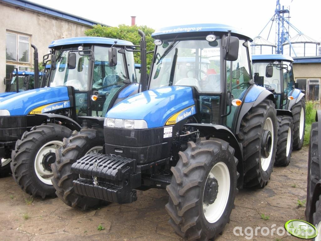 New Holland TD 5050