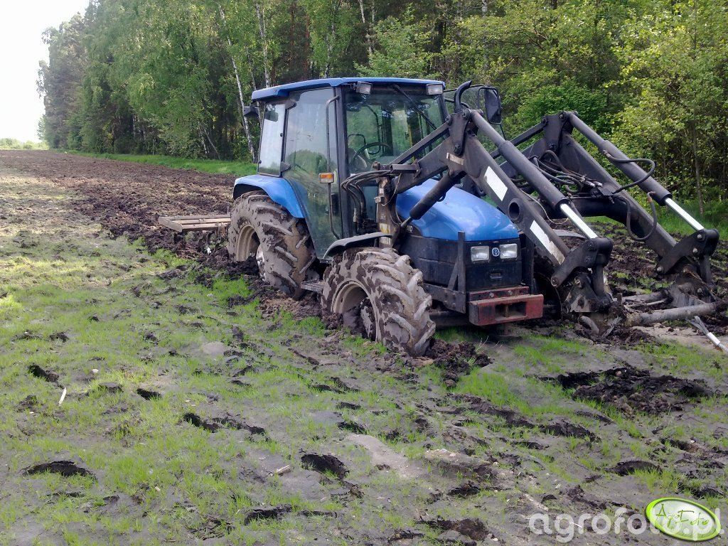 New Holland TL 100 + Kultywator