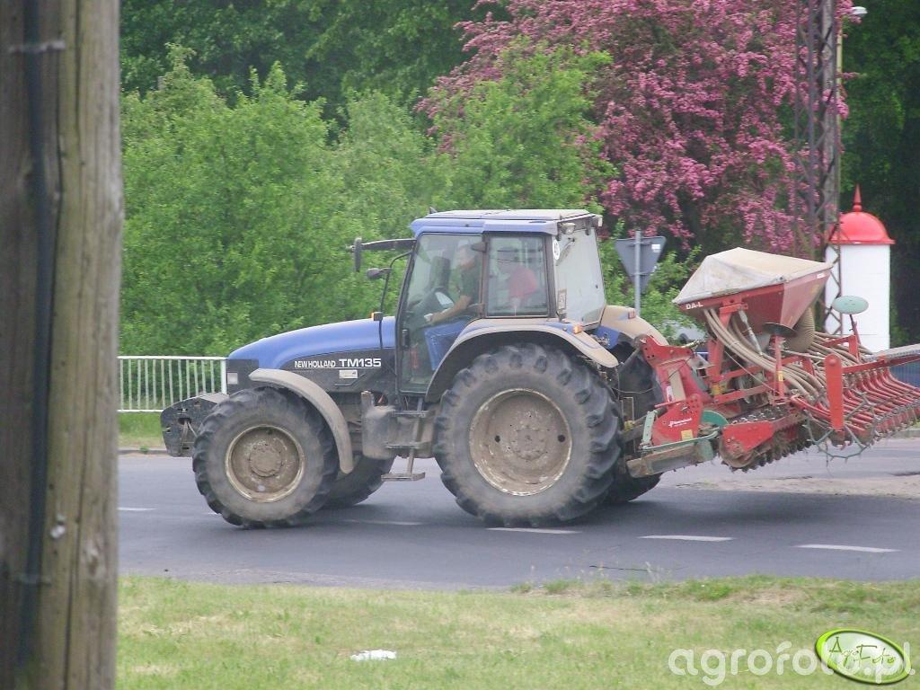 New Holland TM 135 + Kverneland DA-L