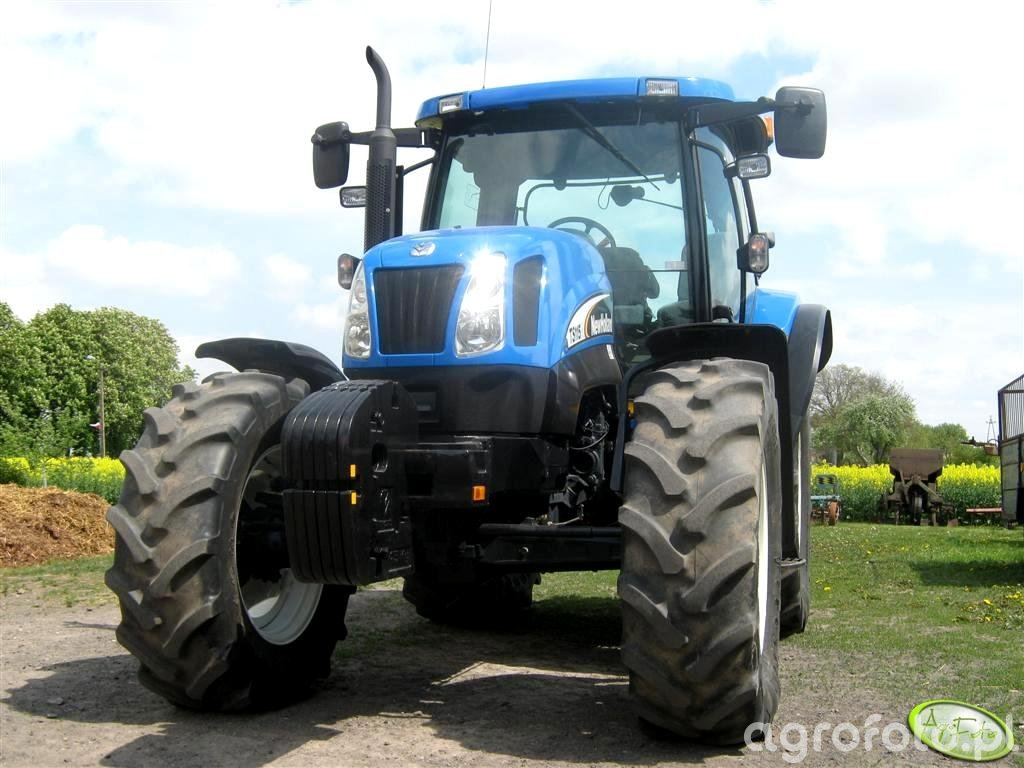 New Holland TS 115A
