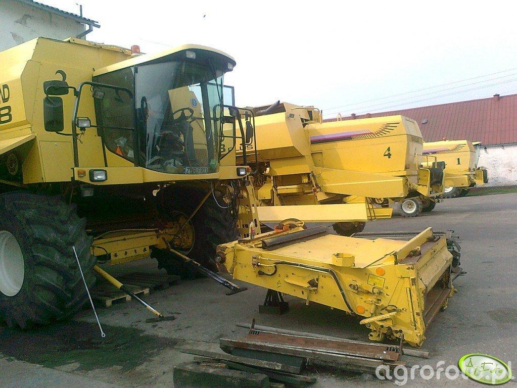 New Holland TX68 plus