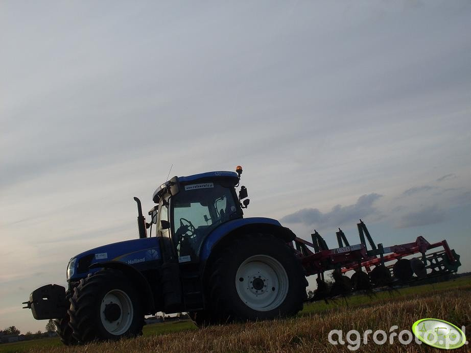 New Holland z Unią kos