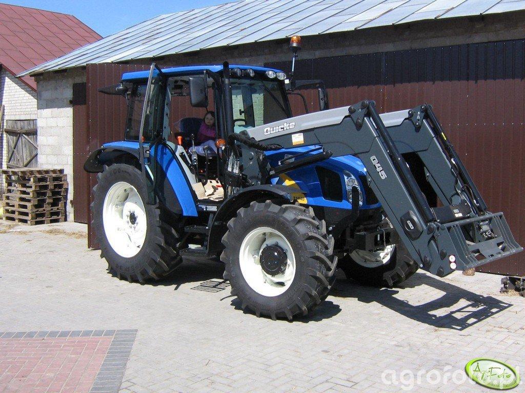 NH T5040 + Q45