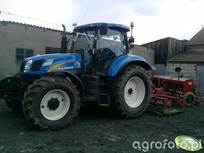 NH T6050 + Unia