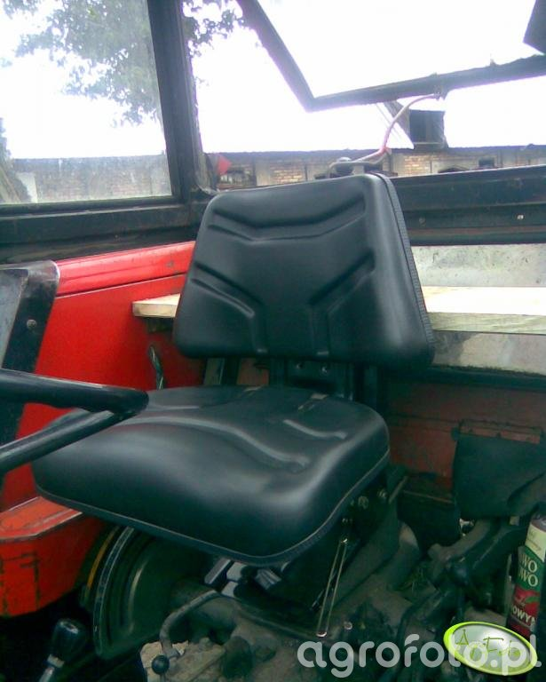 Nowy fotel w Mf 255