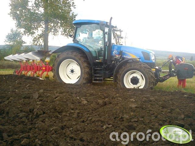Pottinger Servo 35 4 + New Holland T6050 PLUS