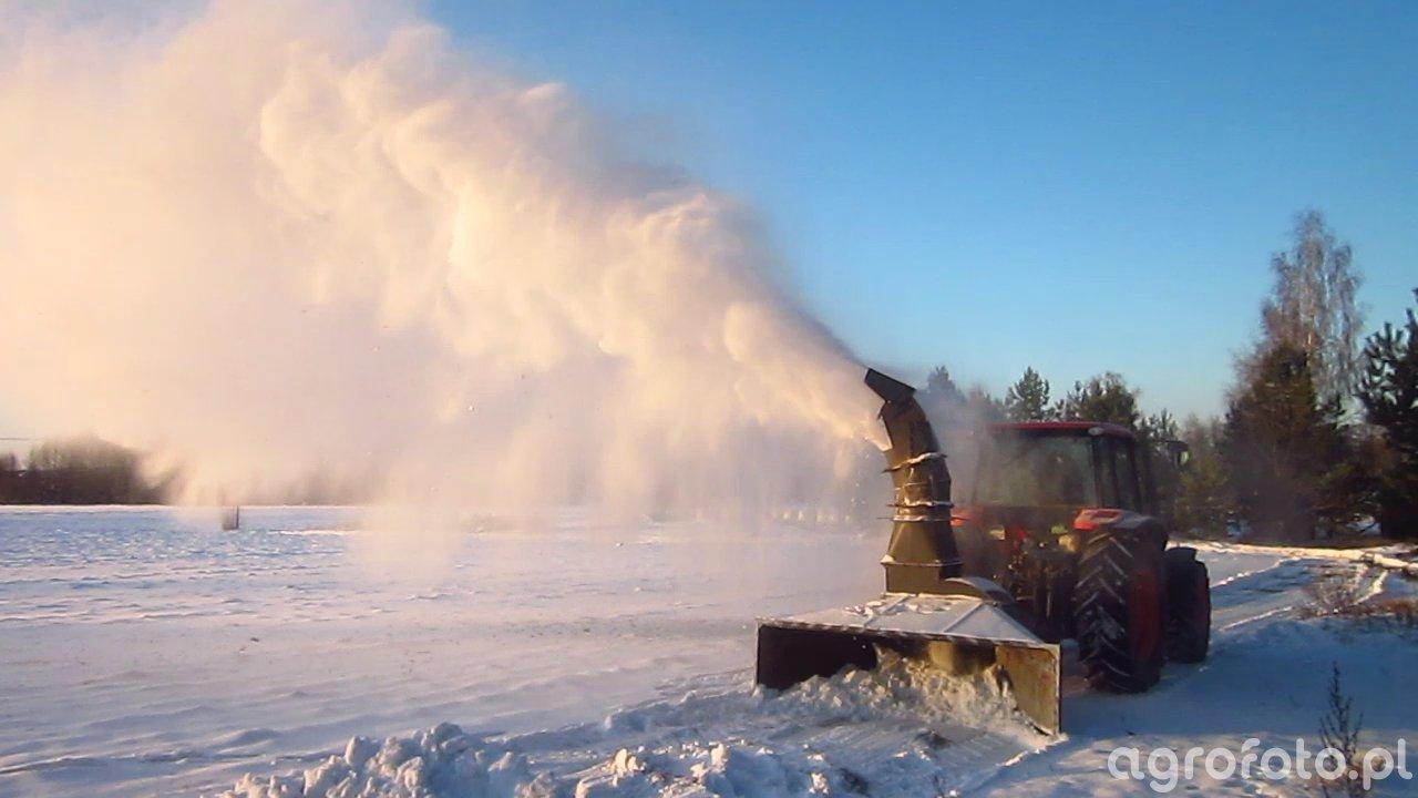Tornado Snow + Kubota