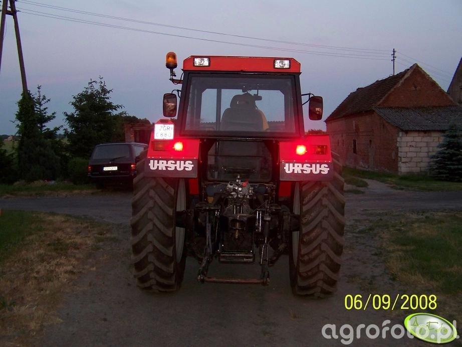 Ursus 1002