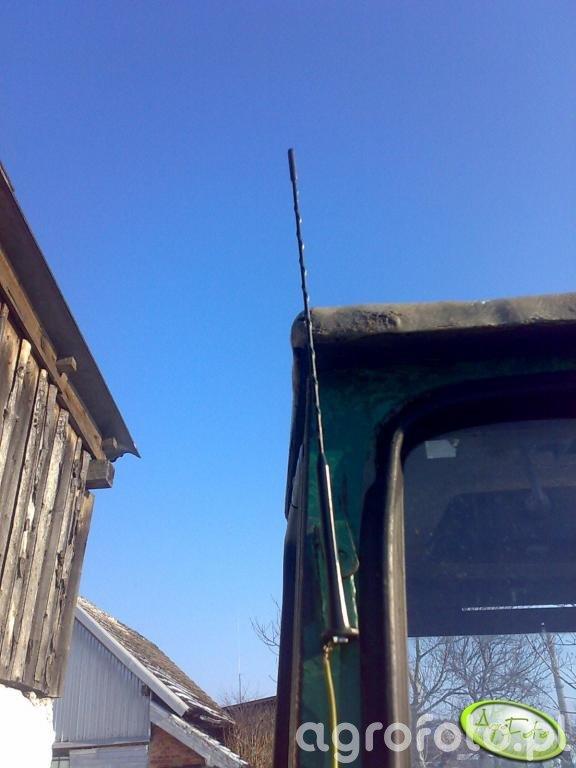 Ursus C-330 M - antena radiowa