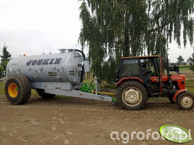 Ursus C-330M i Joskin 8400ME