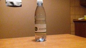 Woda mineralna John Deere