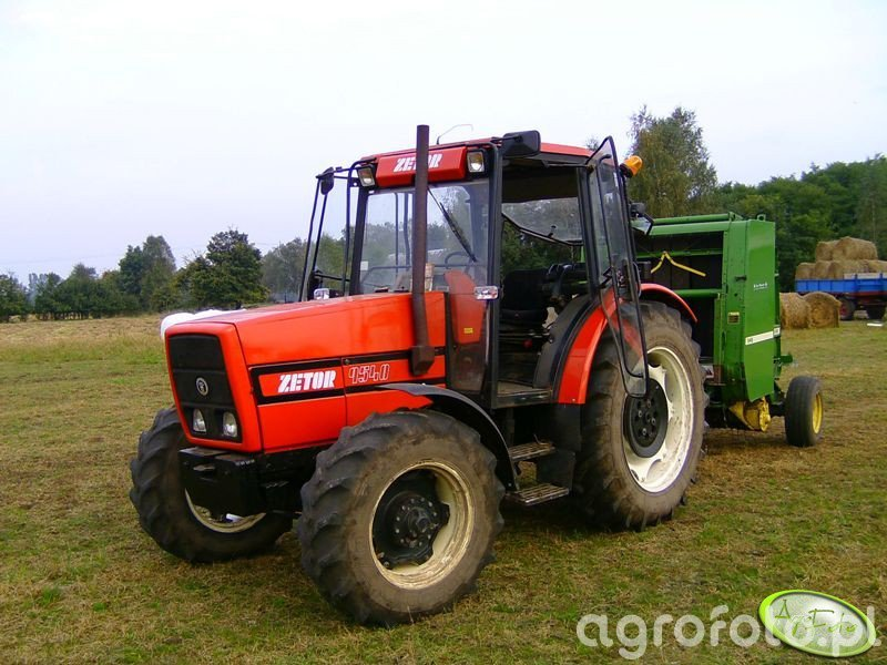 Zetor 9540 + prasa JD 545