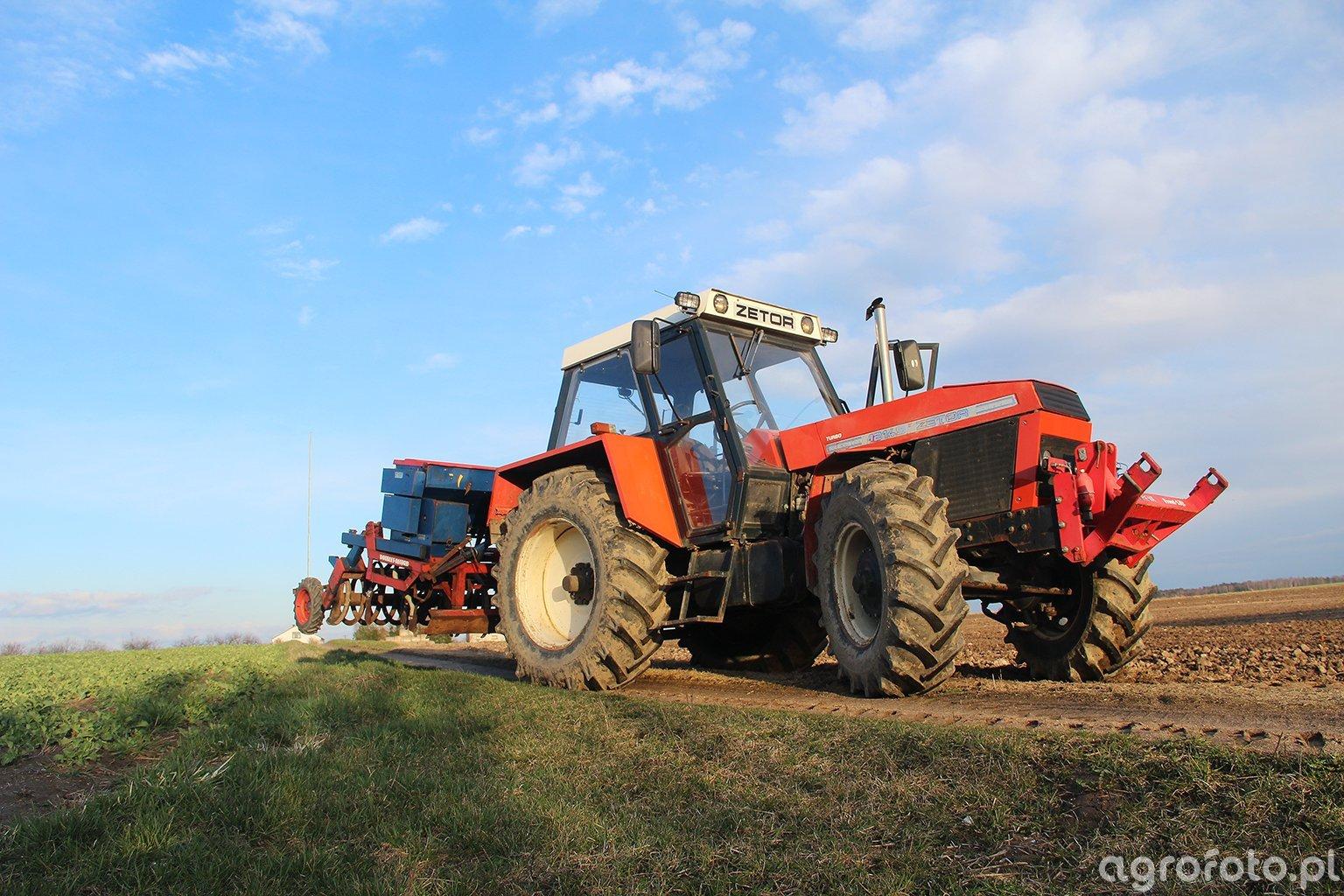 Zetor 12145 + Doublet-Record & Nordsten Kulti-Seeder