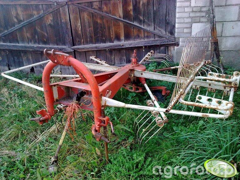 Zgrabiarka KUHN GA 280 SP