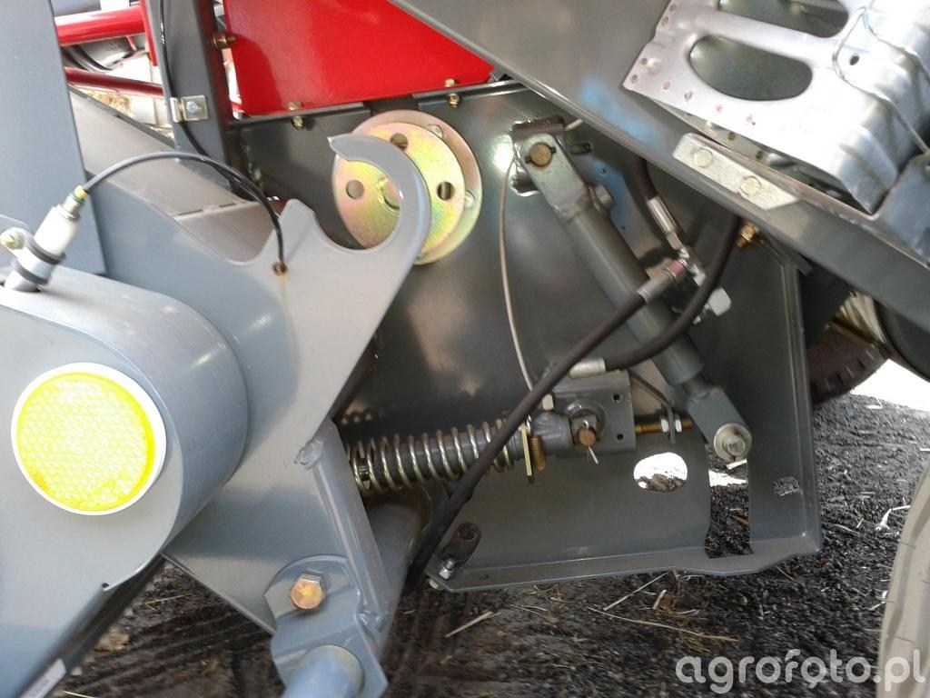 Unia famarol 1,8 v - hydraulicznie opuszczana podloga