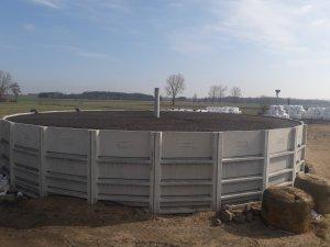 Zbiornik na gnojowice.