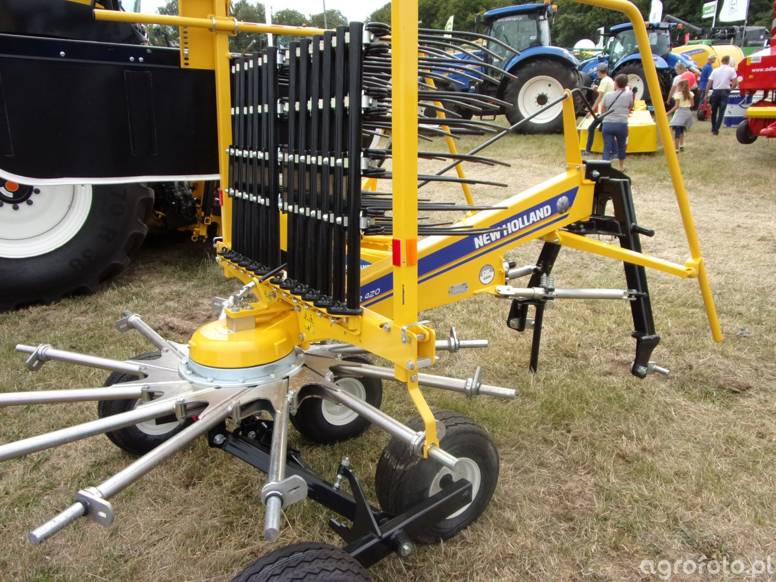 New Holland ForRotor 420