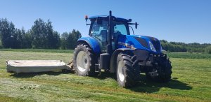 New Holland T7.175 & Kuhn Gmd 700