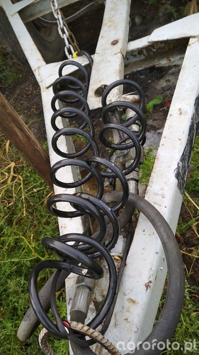 Przewód pneumatyczny hamulcowy spiralny do przyczepy d-47