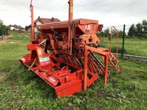 Kuhn HR 303 i Logiseme m3000