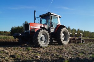 Massey ferguson 3125 &Kverneland F160