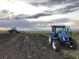 New Holland T4 + New Holland TD5.85