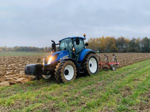 New Holland T5.100 , Akpil mix due 3+1