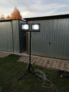 Porządny stojak na lampy naświetlacze