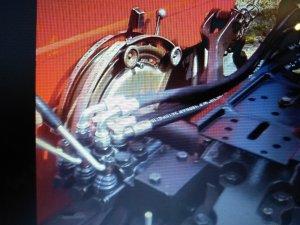 Wielofunkcyjny rozdzielacz hydrauliki  Massey Ferguson