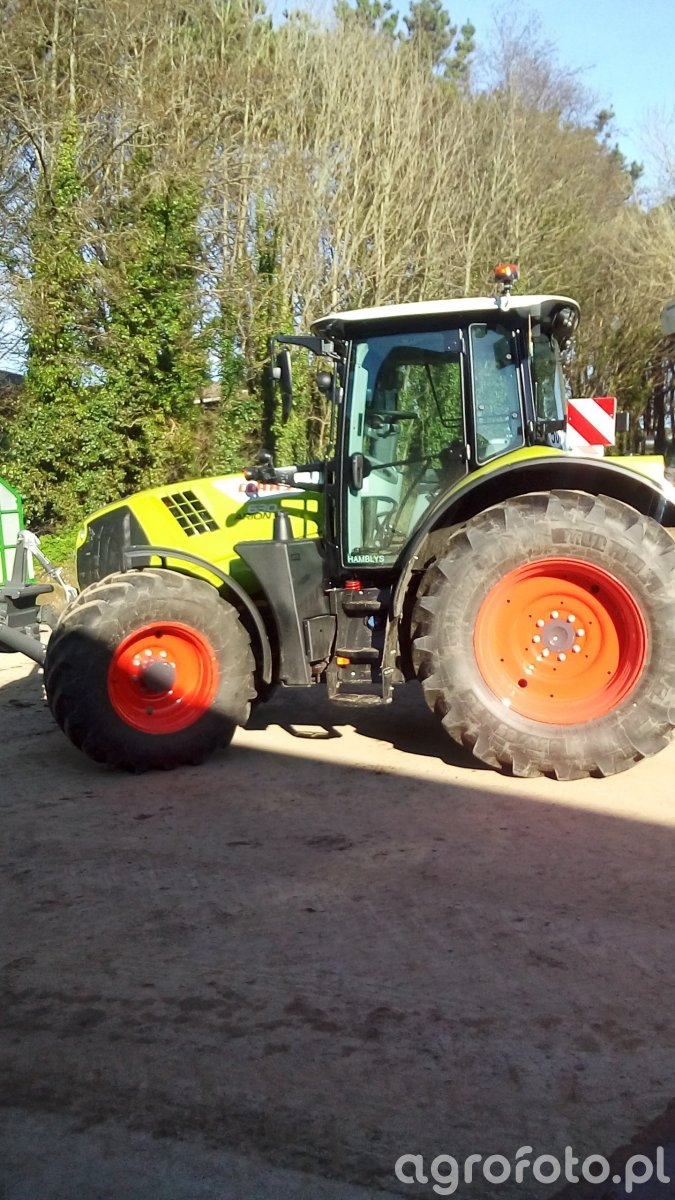 Claas arion 630